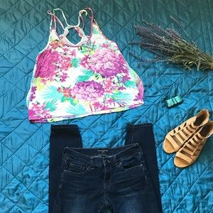 Tops - Floral tank. Super cute detail on back